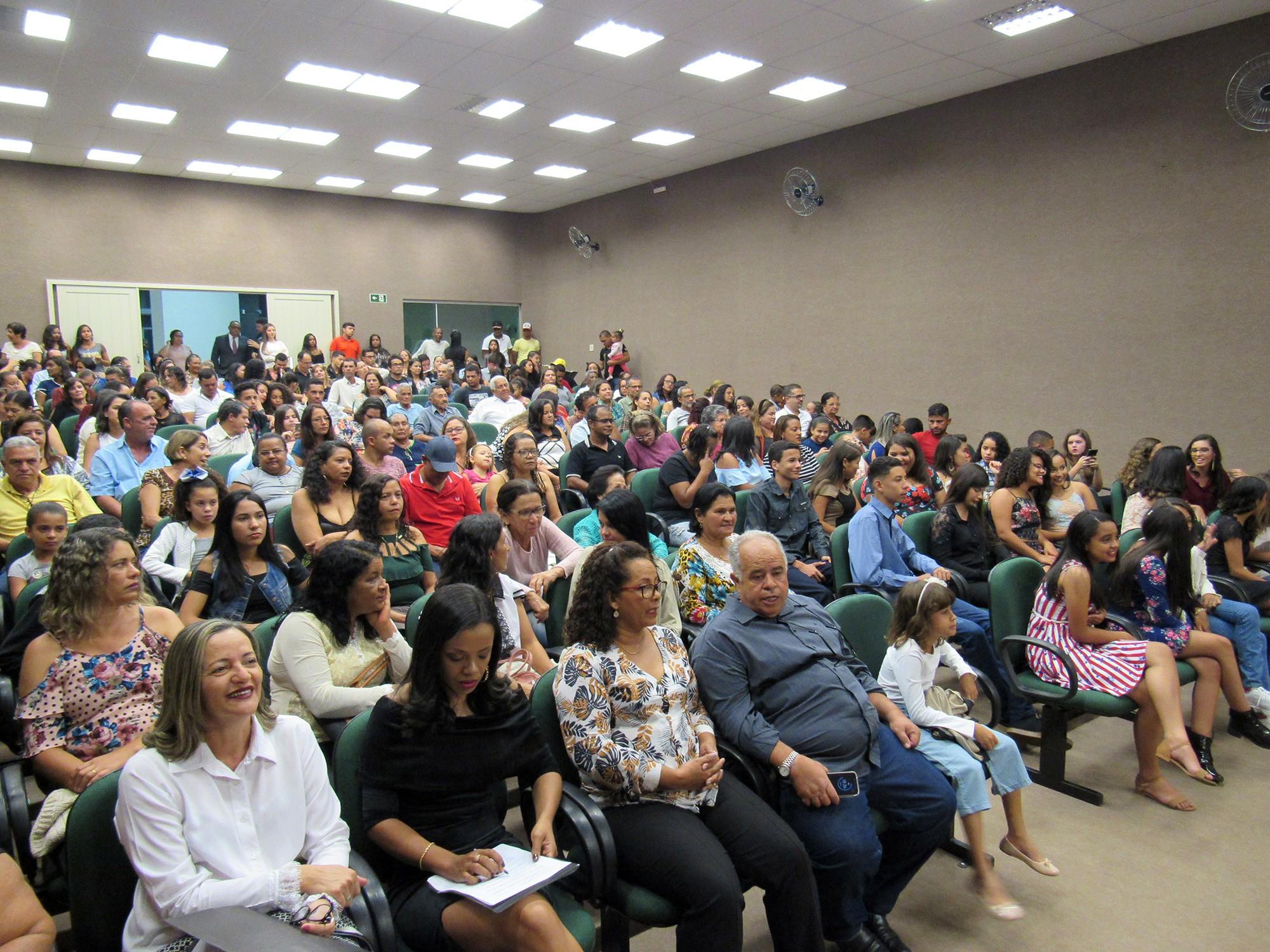 REUNIÃO ESPECIAL – OUTORGA DE MEDALHAS OCTACÍLIO NEGRÃO DE LIMA, MESTRE CANDINHO, VOVÔ FELÍCIO E PAULO FREIRE